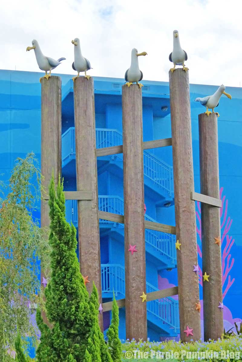 Disney's Art of Animation Resort - Finding Nemo Courtyard - Seagulls