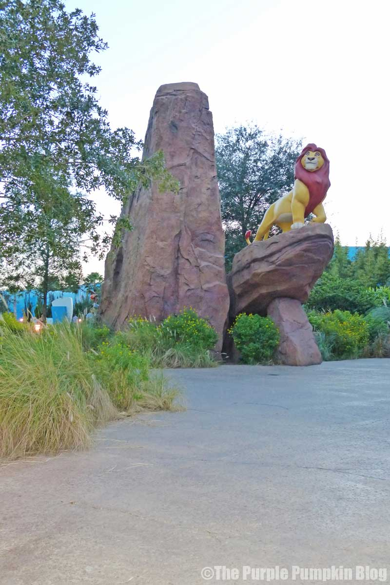 Disney's Art of Animation Resort - The Lion King Courtyard - Mufasa Statue