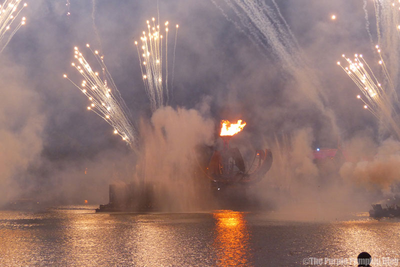 IllumiNations: Reflections of Earth - Epcot World Showcase Fireworks
