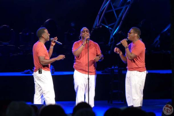 Boyz II Men - Eat To The Beat Concert