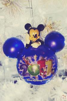 Walt Disney World 2011 Mickey Mouse Christmas Ornament