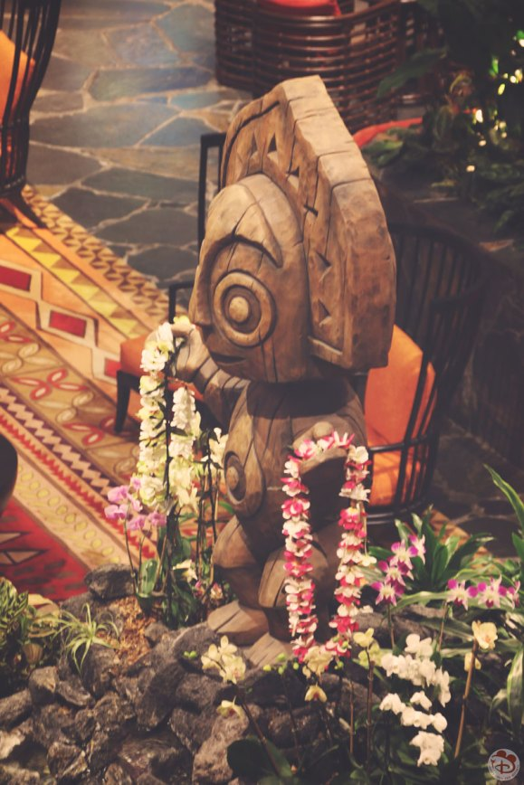 Disney's Polynesian Village Resort at night (18)