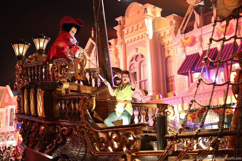 Boo To You Parade - Peter Pan & Hook
