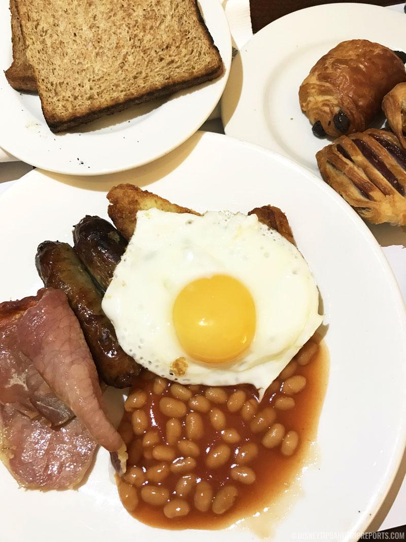 Breakfast at Hilton London Gatwick Airport
