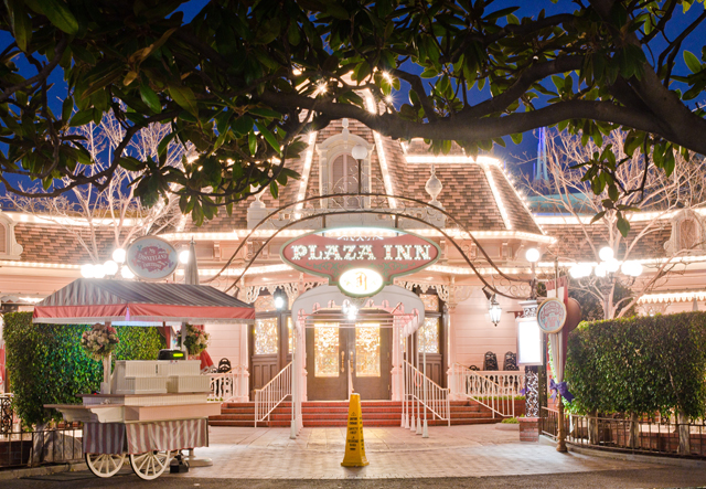 Plaza Inn Disneyland Restaurant Review