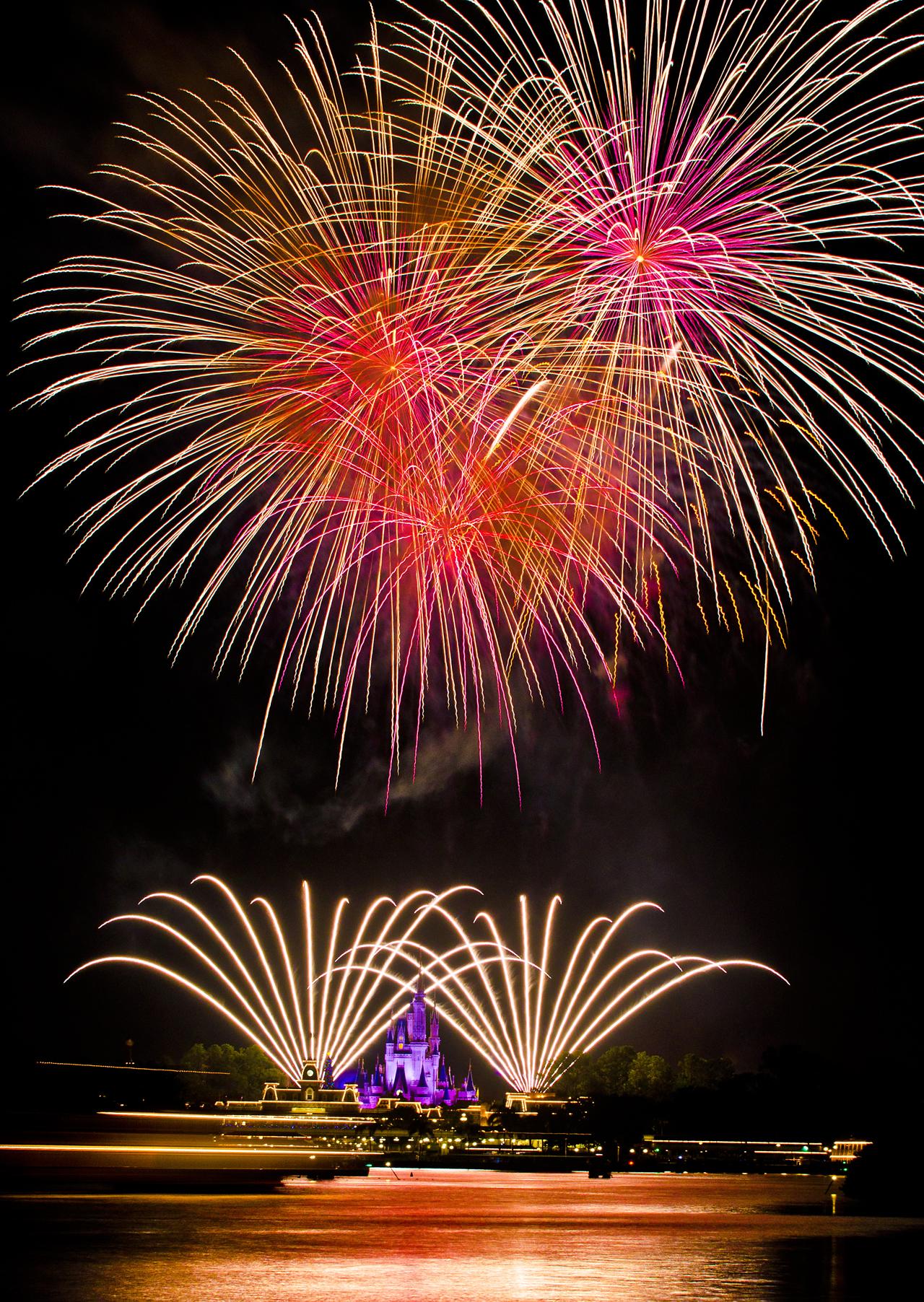 40 Awesometacular Fireworks Photos