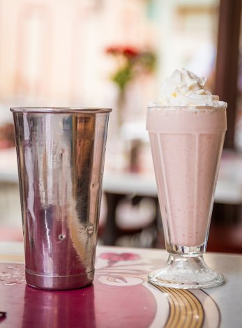 disneyland-food-carnation-cafe-818