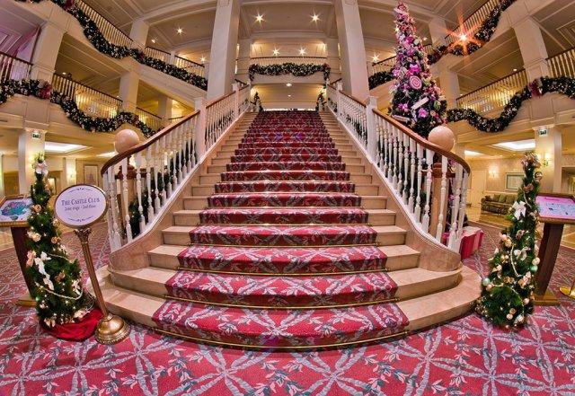 Disneyland Hotel Lobby 2