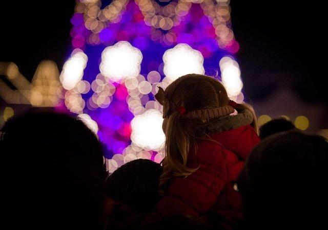 Young Girl Christmas Tree Lighting v2