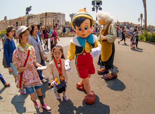 Tokyo-Disney-Resort-0082