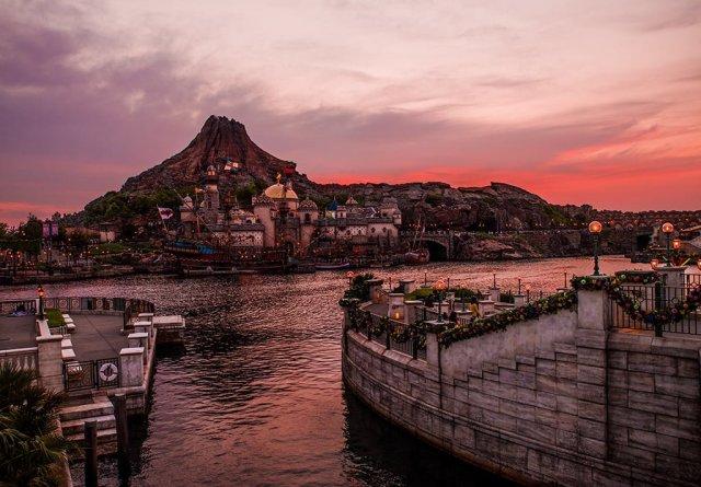 mount-prometheus-sunset