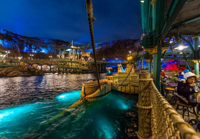 mysterious-island-water-view-disneysea