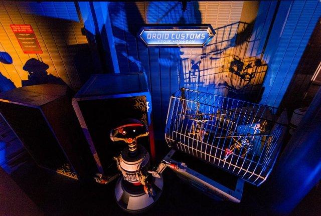 Tokyo-Disneyland-Spring-2013-0324