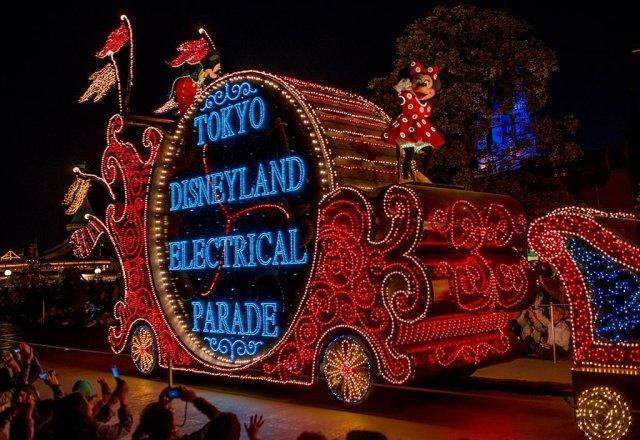 Tokyo-Disneyland-Spring-2013-0331