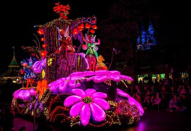 Tokyo-Disneyland-Spring-2013-0354