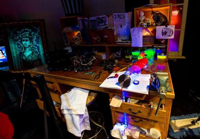 imagineering-d23-expo-yale-gracey-desk