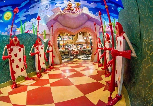 queen-heart-banquet-hall-entrance