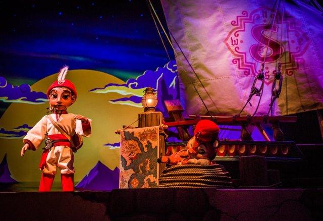 Tokyo-Disney-Resort-Spring-2013-0425