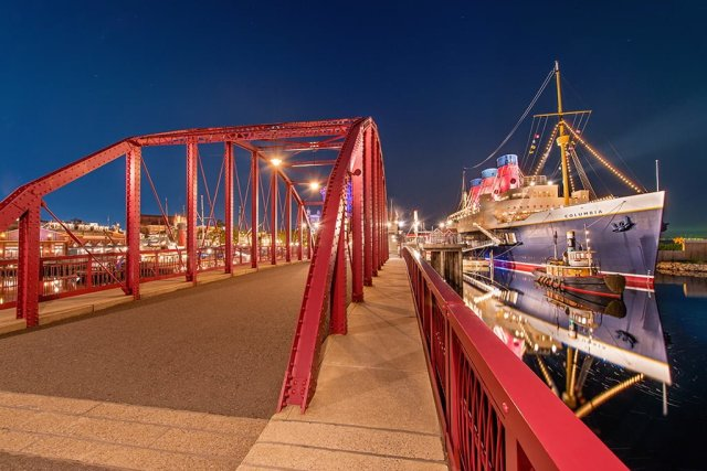 ss-columbia-bridge-disneysea