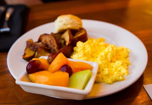 Kona-Cafe-Breakfast-0689