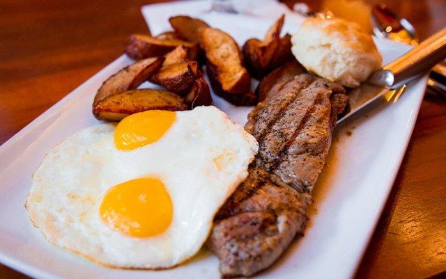 Kona-Cafe-Breakfast-0691