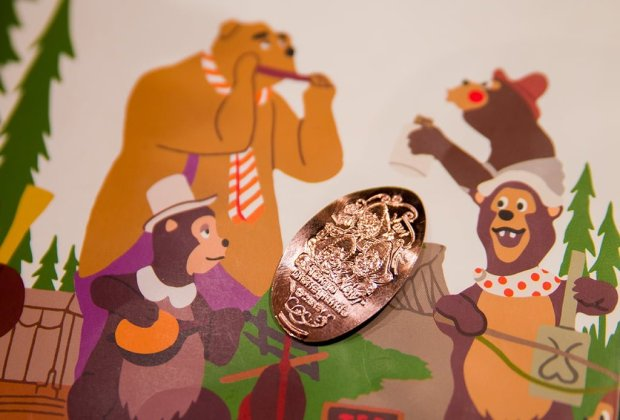 Tokyo-Disneyland-Country-Bear-Jamboree-0734