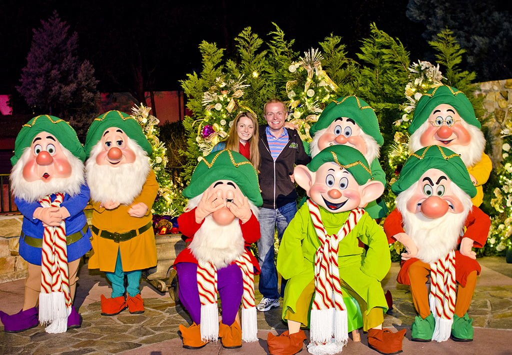 Artist Point Becoming Snow White Character Dining - Disney Tourist Blog