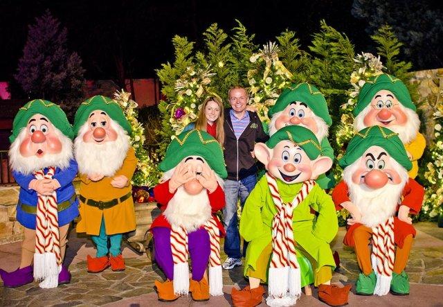 sarah-tom-bricker-seven-dwarfs-christmas