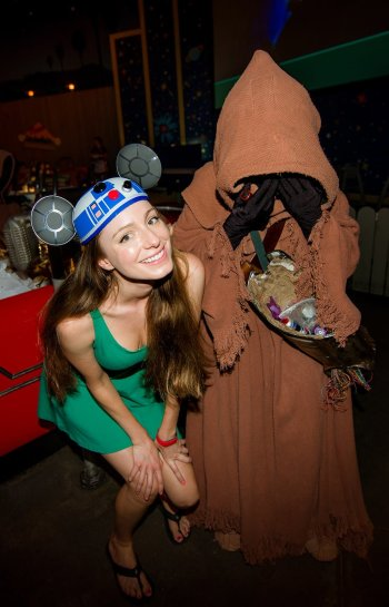 star-wars-breakfast-jawa-sarah-bricker