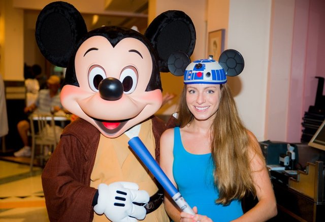 sarah-bricker-jedi-mickey-star-wars-dinner