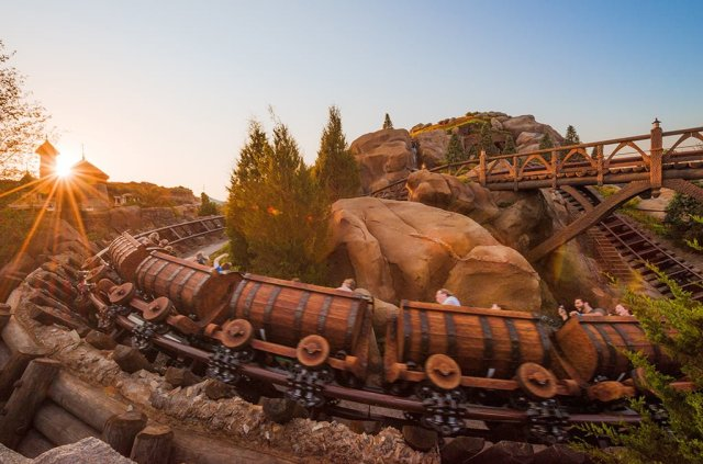 seven-dwarfs-mine-train-morning-sunburst