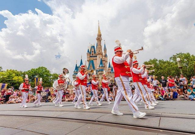 magic-kingdom-marching-band