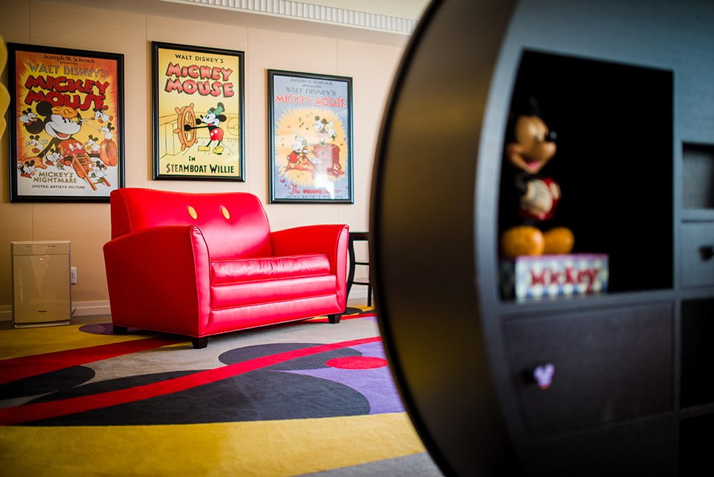 mickeys-penthouse-suite-002