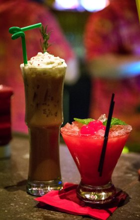 trader-sams-christmas-drinks