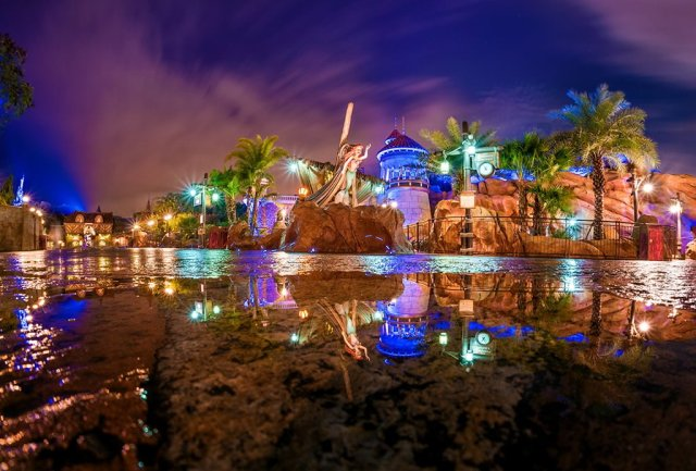 little-mermaid-dark-ride-new-fantasyland-reflection