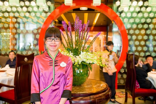 hong-kong-disneyland-crystal-lotus-020
