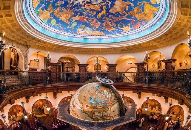 magellans-ceiling-landscape