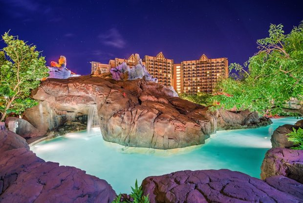 lazy-river-aulani-cavern