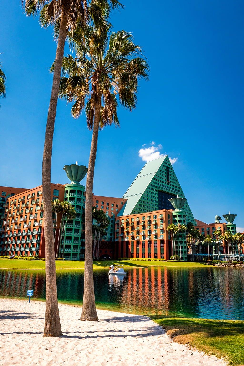 Off-Site V. On-Site Disney World Hotels