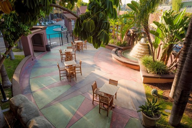 hotel-menage-disneyland-good-neighbor-hotel-590