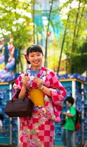 cast-member-tanabata-days-tokyo-disneyland
