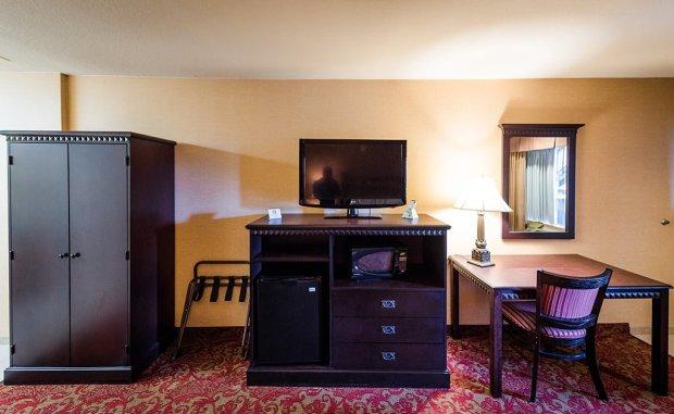 tv-dresser-desk-castle-inn-disneyland