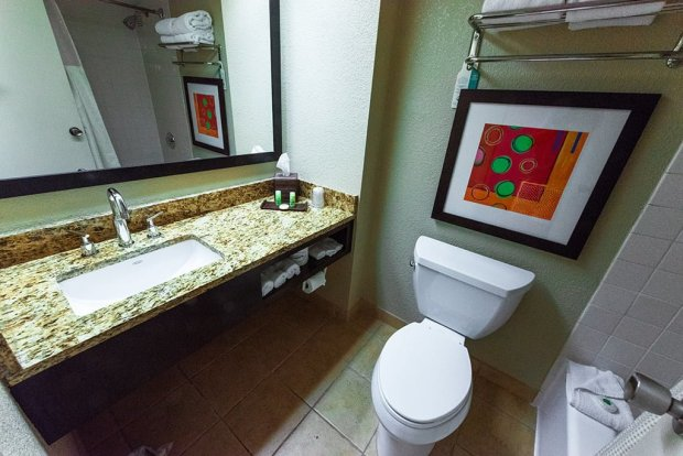 best-western-bathroom-disney-world