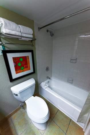 best-western-bathtub-shower-lake-buena-vista