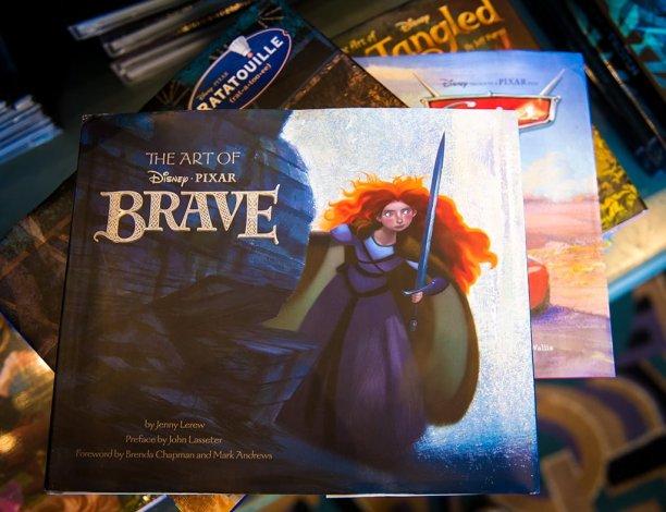art-disney-pixar-marvel-books-257