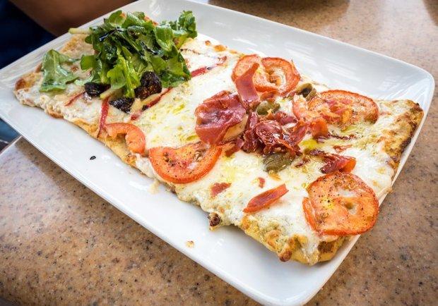 alfresco-tasting-terrace-disney-california-adventure-disneyland-food-823