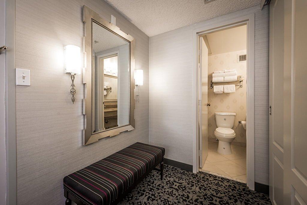 anaheim majestic garden hotel disneyland 2 - Majestic Garden Hotel Anaheim