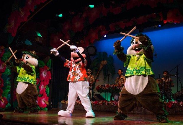 polynesian-paradise-mickey-mouse-minnie-tokyo-disneyland-349