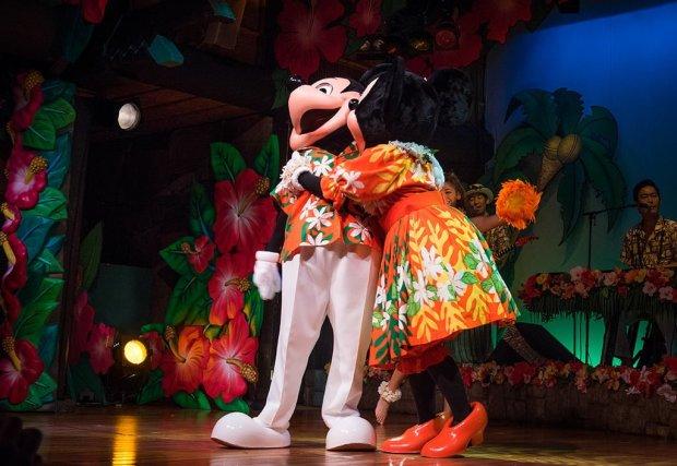 polynesian-paradise-mickey-mouse-minnie-tokyo-disneyland-350