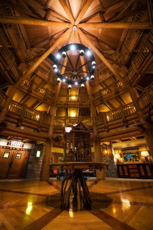 villas-wilderness-lodge-lobby copy